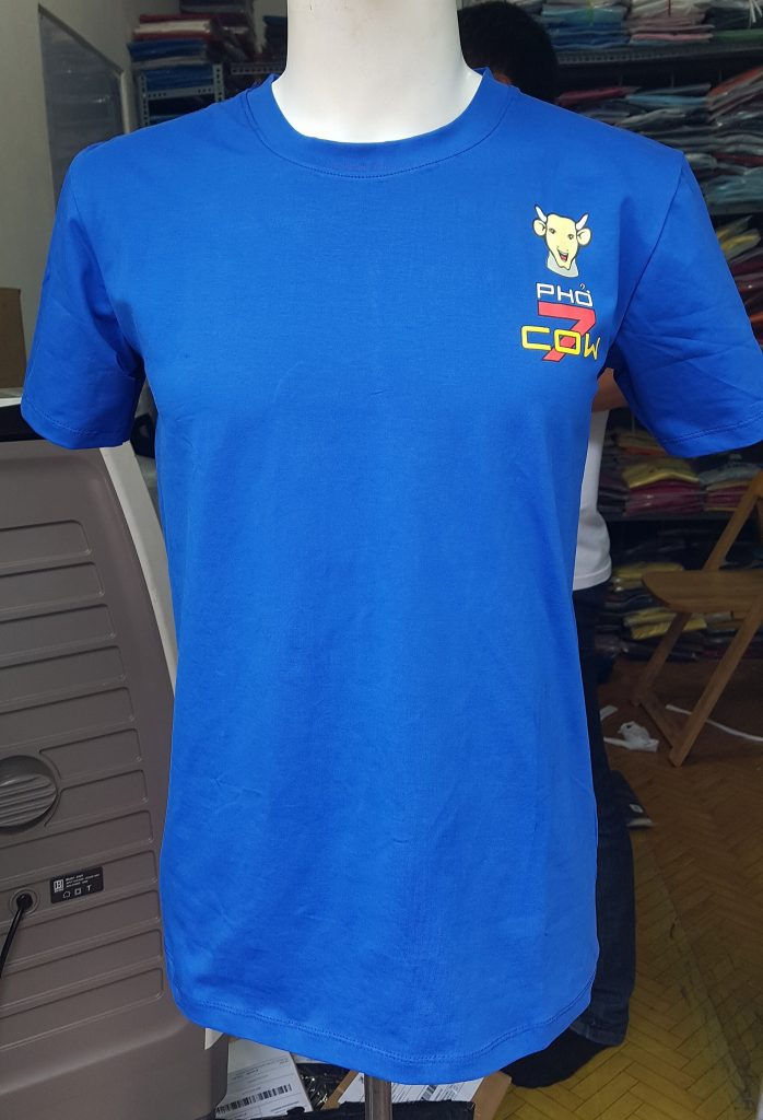 áo thun đồng phục Phở Cow Cali (xanh da)